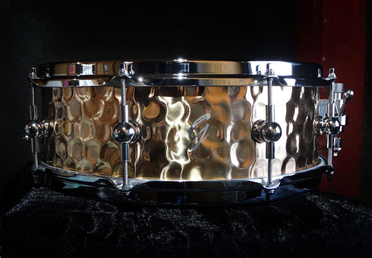 Pure Metal - Hammered Bronze
